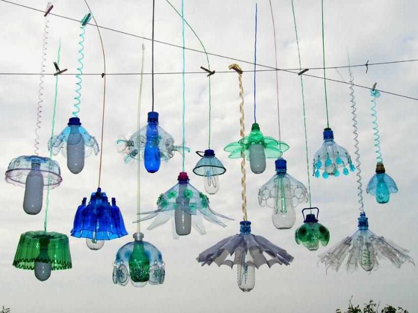11 Inspirasi Dekorasi Taman Dengan Memanfaatkan Kreasi Dari Botol Bekas Teman Kreasi